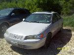 Lot: 30 - 1999 TOYOTA CAMRY