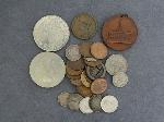 Lot: 2752 - 1842 LARGE CENT & FOREIGN COINS