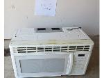 Lot: 2 - GE Microwave