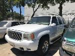 Lot: 09 - 2000 Cadillac Escalade SUV