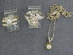 Lot: 3457 - DIAMOND PENDANT & 14K RINGS