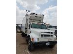 Lot: SC3-202 - 1998 IHC MOD-4900, Box Truck with Reefer/Lift