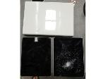 Lot: 1328 - Apple Macbook & (2) iPads