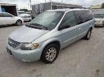 Lot: 11-42270 - 2001 Chrysler Town and Country Van