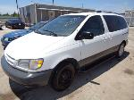 Lot: 9-42415 - 1999 Toyota Sienna Van