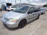 Lot: 18-104591 - 2003 Ford Windstar Van