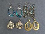 Lot: 2985 - EARRINGS