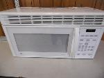 Lot: A5821 - Working GE Over the Range Microwave