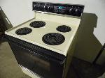 Lot: A5830 - Working Whirlpool Free Standing Oven