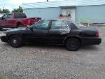 Lot: 6 - 2003 FORD CROWN VICTORIA