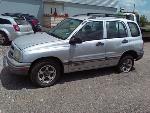 Lot: 27 - 2000 CHEVY TRACKER SUV