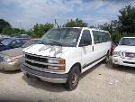 Lot: 1-43081 - 2001 Chevrolet Express Van