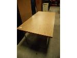 Lot: 1466 - Steelcase Table