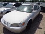 Lot: 4-103824 - 1999 Toyota Camry
