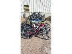 Lot: 02-18955 - 23) Bikes