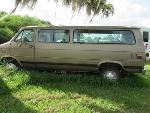 Lot: 2 - 1995 GMC Passenger Van