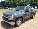 Lot: 4 - 2001 Chevy 1500 Short Bed Pickup