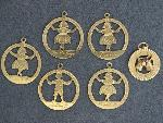 Lot: 3024 - (6) 14K ASSORTED CHARMS
