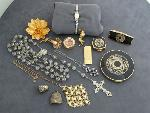 Lot: 3032 - MONEY CLIP, WATCH & STERLING ROSARY