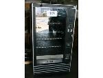 Lot: 988 - Vending Machine