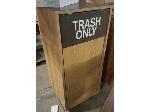 Lot: 52.PU - Trash Can