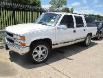 Lot: 1714795 - 1995 CHEVROLET C1500 SUBURBAN SUV - KEY*