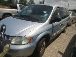 Lot: 026-611231 - 2002 CHRYSLER TOWN AND COUNTRY VAN