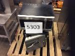 Lot: 5303 - MICROWAVE w/ SAFE