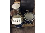 Lot: 5324 - MUSICAL INSTRUMENTS FOR PARTS