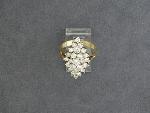 Lot: 3063 - 14KYG LADIES DIAMOND RING