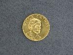 Lot: 3097 - 1981 WILLA CATHER 1/2 OZ. GOLD MEDALLION