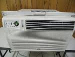 Lot: A5853 - Working Whirlpool Window Unit Air Conditioner