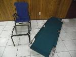 Lot: A5872 - Coleman Comfortsmart Cot Lawn Chair Table