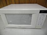 Lot: A5876 - Working Samsung Table Top Microwave