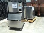 Lot: 18-030 - Manitowoc Ice Machine w/ Bin