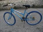 Lot: E64 - 26-IN BICYCLE