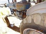 Lot: 15 - 1975 FORD 2000 TRACTOR B1022B