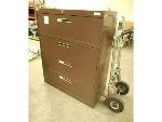 Lot: 1622 - Wide Filing Cabinet