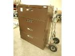 Lot: 1624 - Wide Filing Cabinet