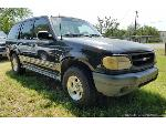Lot: 103 - 2000 Ford Explorer 5.0L V-8 SUV