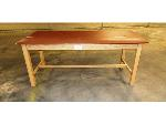 Lot: 02-19049 - Treatment Table