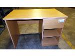 Lot: 02-19066 - Desk