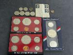 Lot: 3168 - 1977 PROOF SETS, 1925 MERCURY DIME & FOREIGN COINS