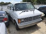 Lot: 122174 - 1992 DODGE RAM VAN