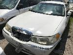 Lot: 664105 - 1998 LINCOLN TOWN CAR