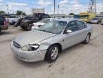 Lot: 11-102504 - 2002 Ford Taurus