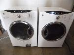 Lot: A5900 - Working GE Frontload Washer Dryer Set