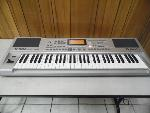 Lot: A5901 - Working Roland E-100 Intelligent Keyboard