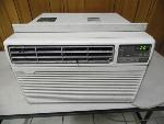 Lot: A5902 - Working Hampton Bay Air Unit Air Conditioner