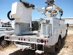 Lot: 155-SAN ANGELO - 2002 ALTEC/FORD AERIAL TRUCK